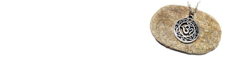 Bijoux spiritualité La Blanche Hermine - Bijou pendentif symbole croix chakras fleur et arbre de vie paganisme...