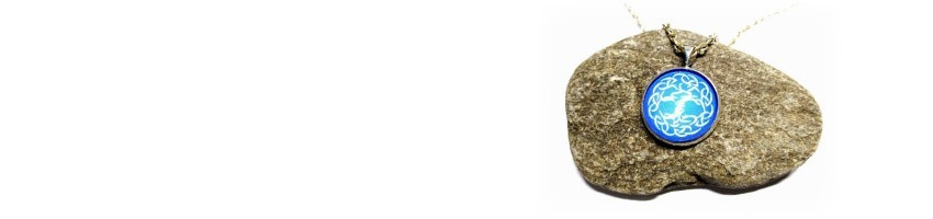 Colliers et pendentifs La Blanche Hermine